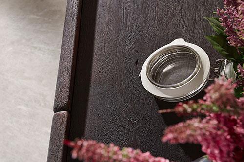 sandgestrahlte oberfl che holzm bel pflege delife. Black Bedroom Furniture Sets. Home Design Ideas
